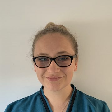 Nikita - Dental Assistant